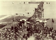 Photograph of King Edward VII landing on Queen's Pier.
