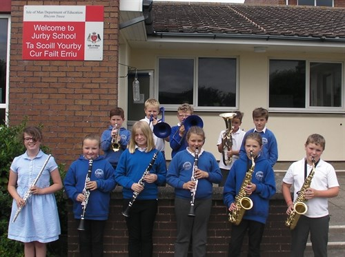 Jurby pupils play with The Halle