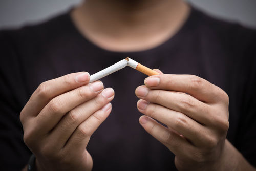 Feedback sought over Island's stop smoking services