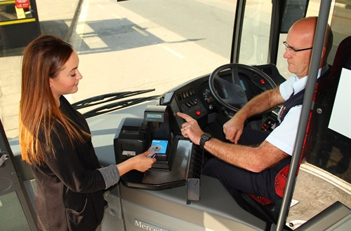 Contactless payments launched on Island's buses